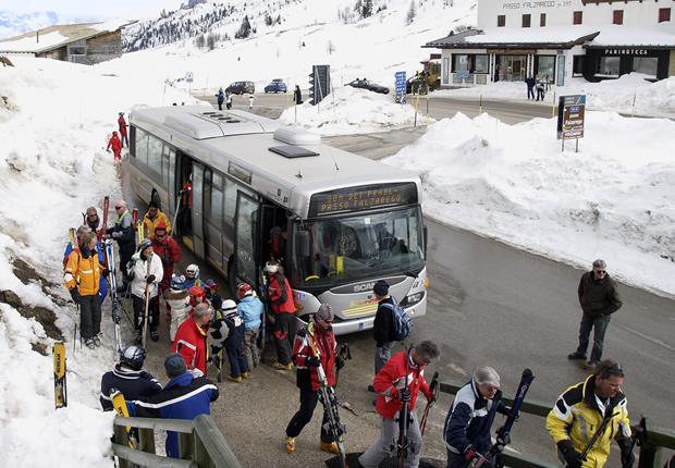 Dolomiti bus ti porta in vacanza dolomiti bus - Autobus prima porta ...